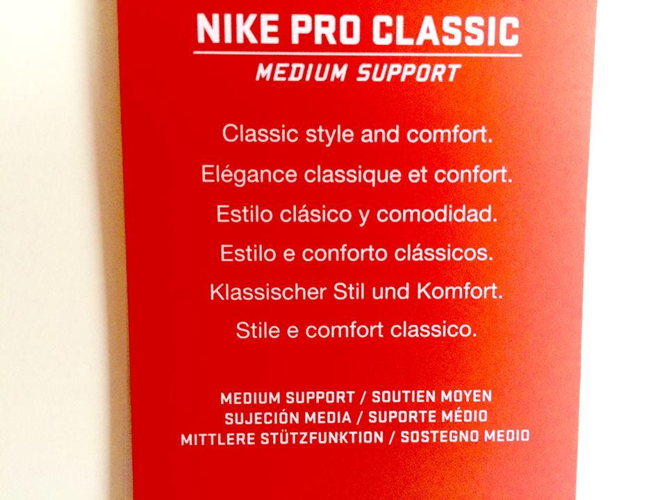 Nike Pro Classic
