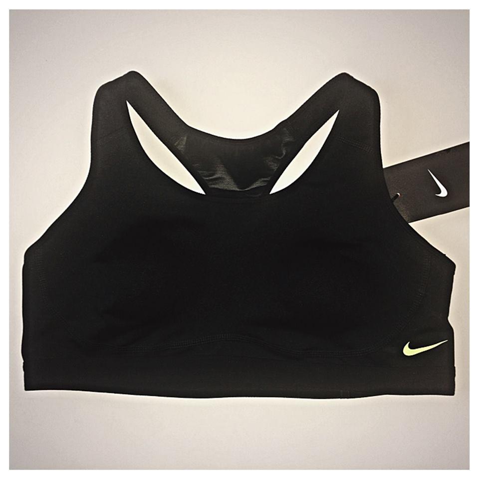 Nike Pro Fierce
